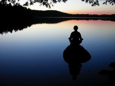 meditation-still-lake