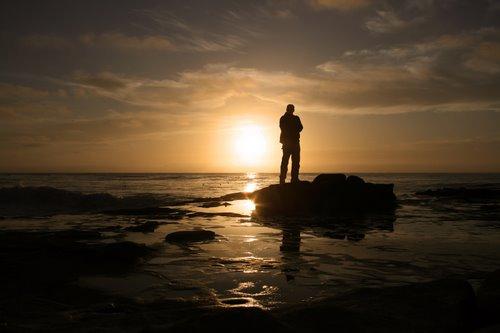 pondering-greatness1