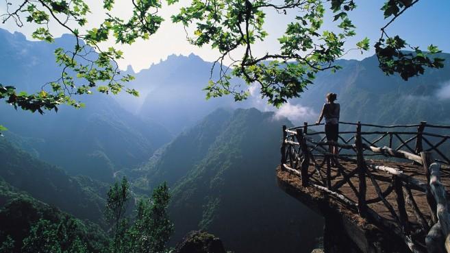 natural-mountain-view-hd-photos.jpg